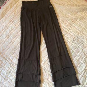 Matilda Jane Finn pants small